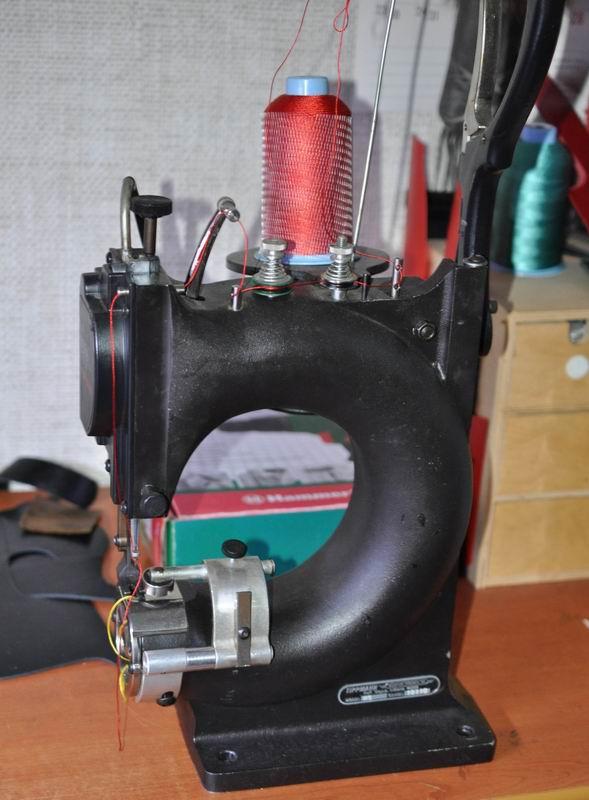 Швейная машина Tippmann Boss для кожи (Питер)