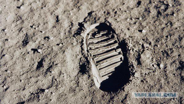Запустить к Луне спутник
