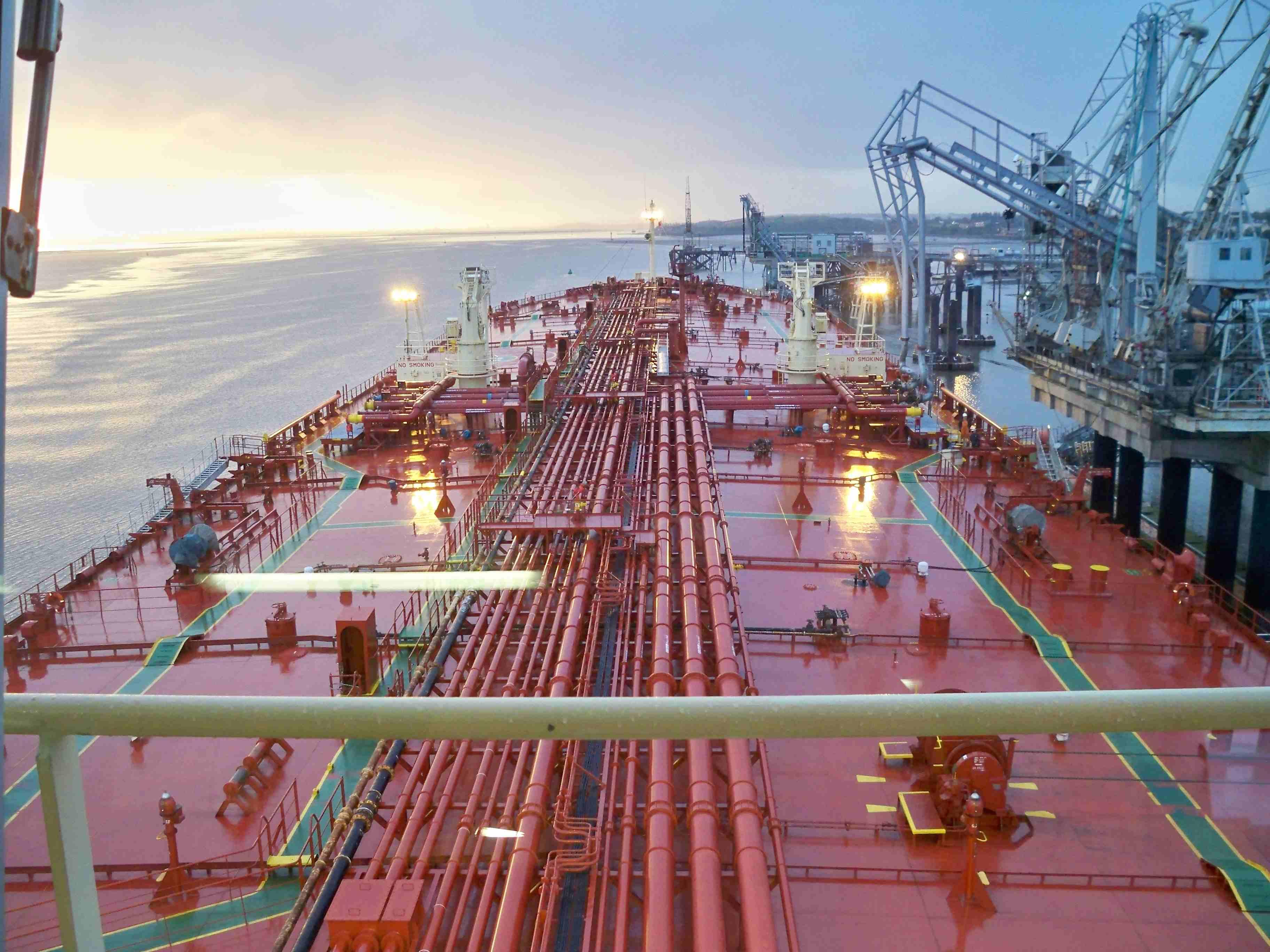 руководство по перекачке нефтепродуктов с судна на судно