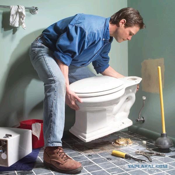 Москвича могут лишить квартиры из-за самовольного расширения санузла