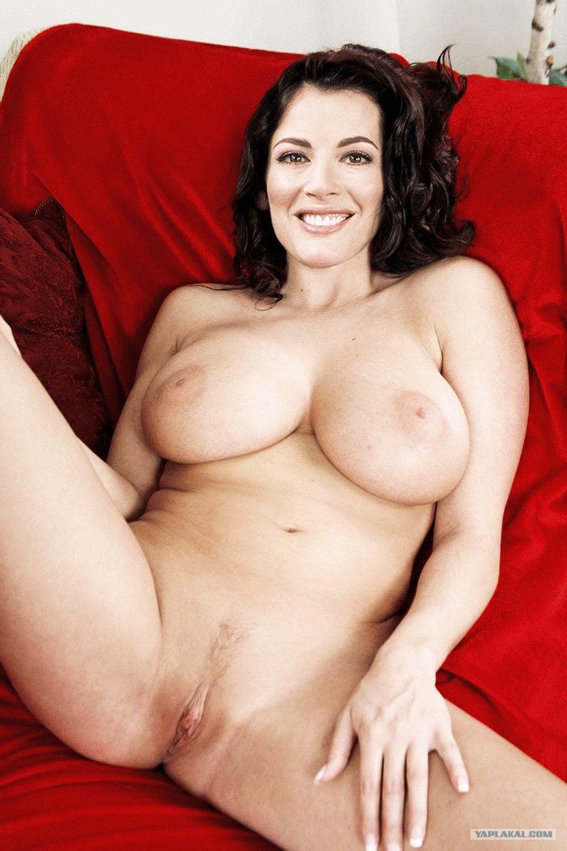 Самые большие сисъки в мире в порно 6 фотография