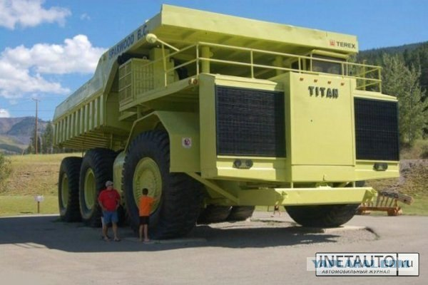 Огромный грузовик (11 Фото)