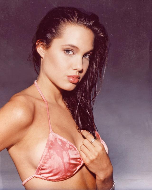 15 фото юной Анджелины Джоли, которые стоит посмотреть