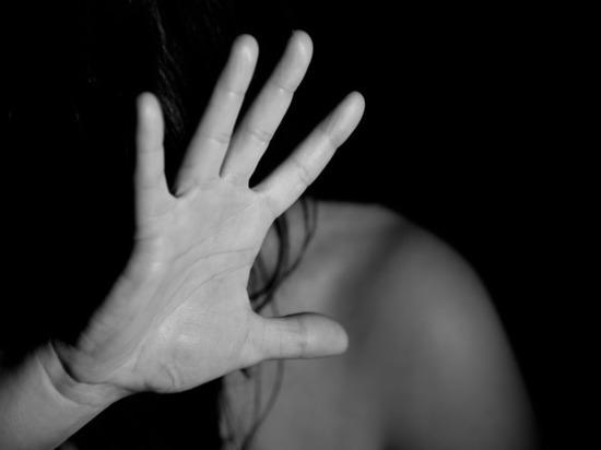 В Швеции насильники после надругательства подожгли половые органы 17-летней девушки