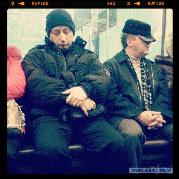 Анекдот: едет как-то Путин в метро