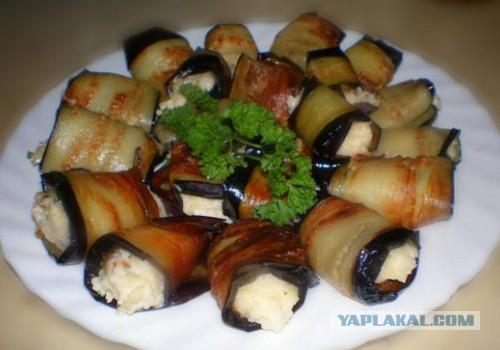 Рулетики из баклажанов с сыром и чесноком и рецепт пошагово