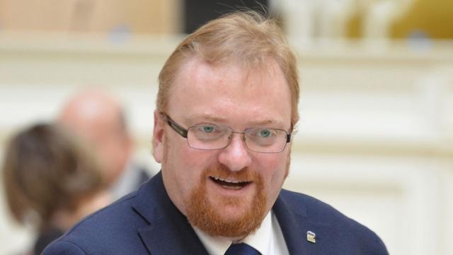 Милонов предложил ужесточить правила регистрации в соцсетях
