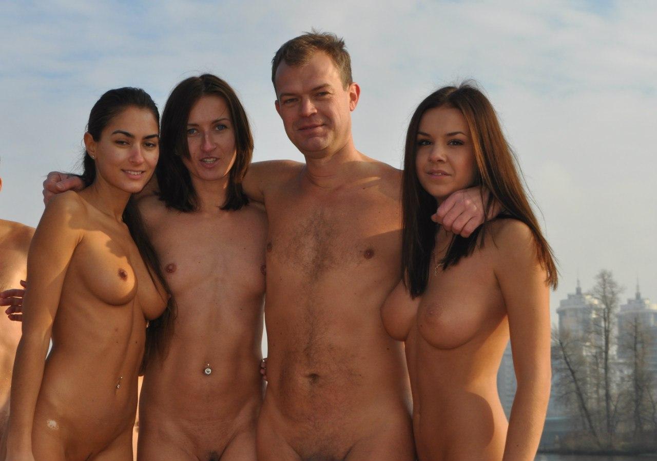 Фото купание голых 18 фотография