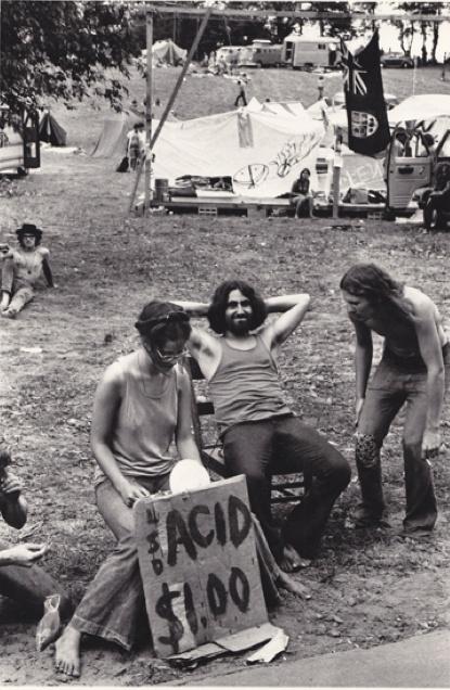 woodstock a peaceful rock revolution essay