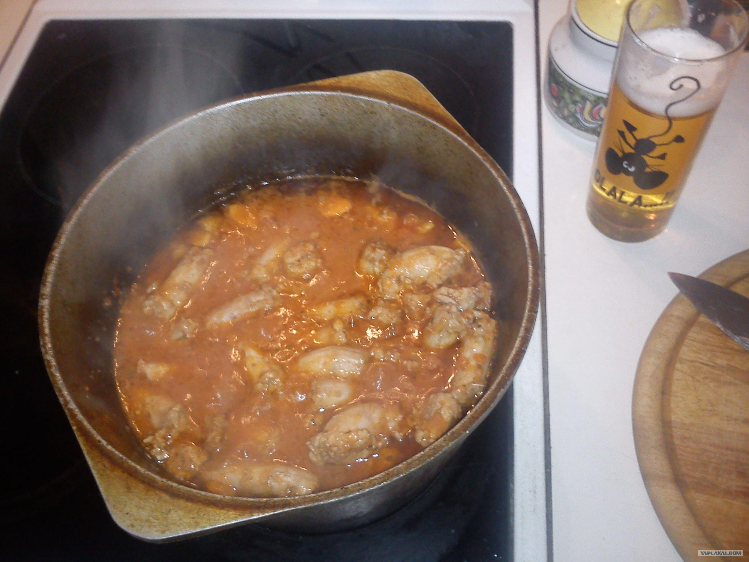 Приготовить сосиски в тесте во фритюре