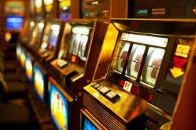 Выпускник Академии ФСБ расшифровал алгоритм, по которому работают игровые автоматы