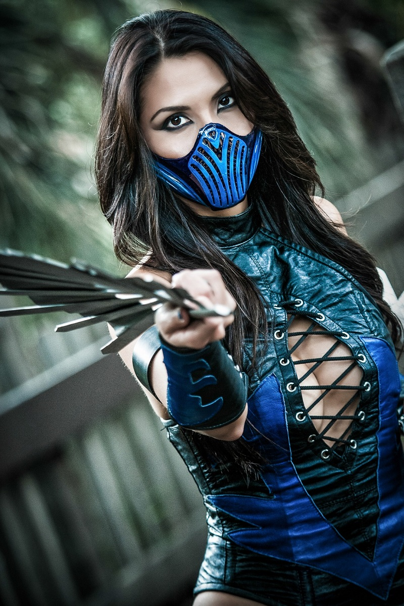 kitana mortal kombat halloween is the one day a year when a girl can dress up like a total slut and no other girls can say anything else about it - Mortal Kombat Smoke Halloween Costume