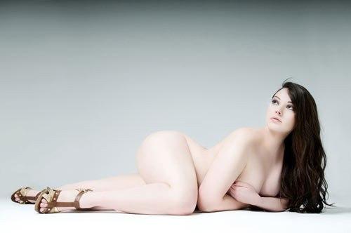 seksualnie-foto-puhlenkih-devushek