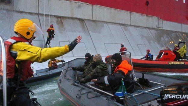 Суд в Гааге обязал Россию выплатить 5,4 миллиона евро за задержание судна с активистами Greenpeace