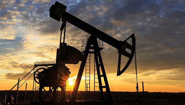 Топ-менеджерам нефтегазовой отрасли опять повысили зарплату.