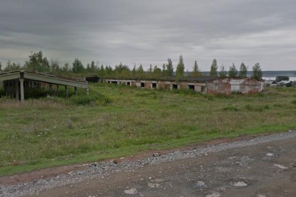 В Челябинской области школьница и студент покончили с собой на заброшенной ферме
