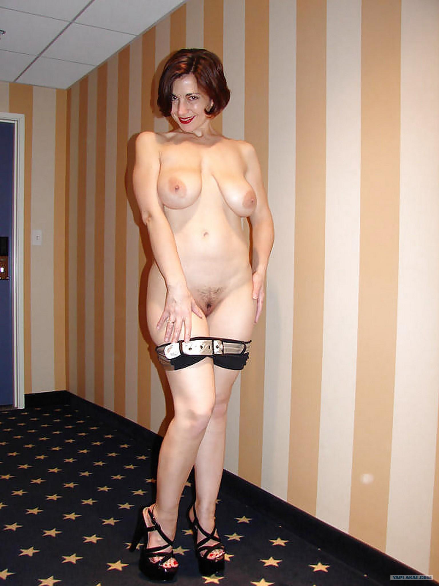 Фото голых зрелых женщин с обвисшей грудью 8 фотография