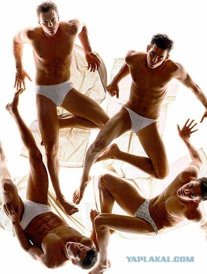 Грубый групповой секс рыжей с тремя мужиками