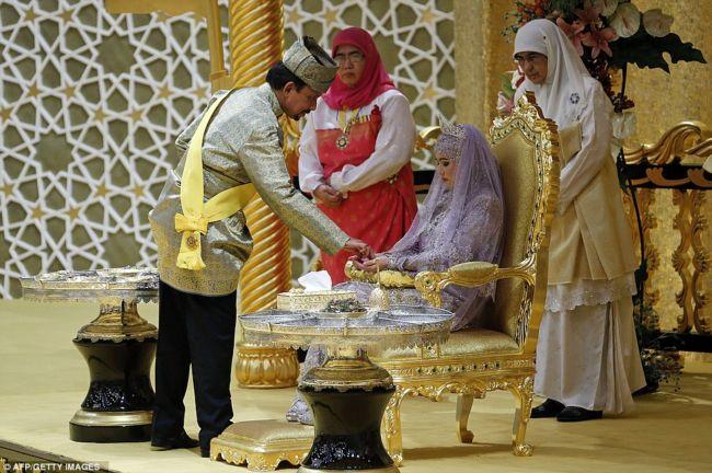 Свадьба дочери султана брунея это