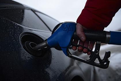 На десятках российских автозаправок нашли вирус для недолива бензина