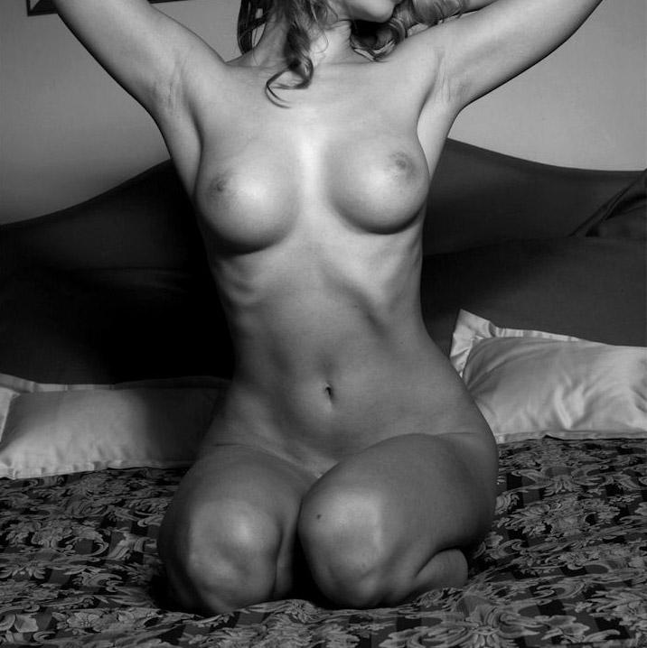 Эро фото: эро чат, частная эротика, галереи моделей, сексуальные.