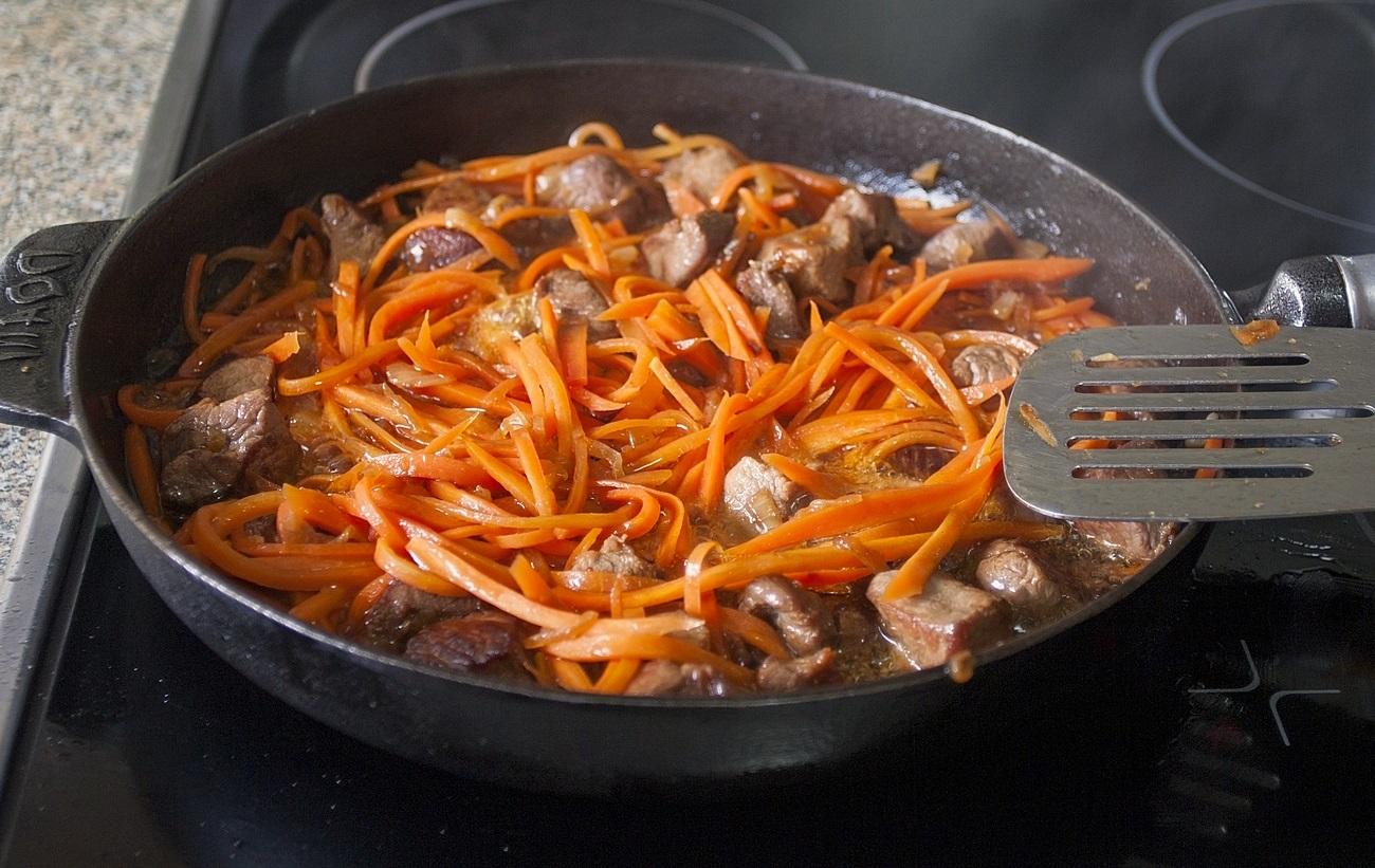 Плов из говядины на сковороде пошаговый рецепт
