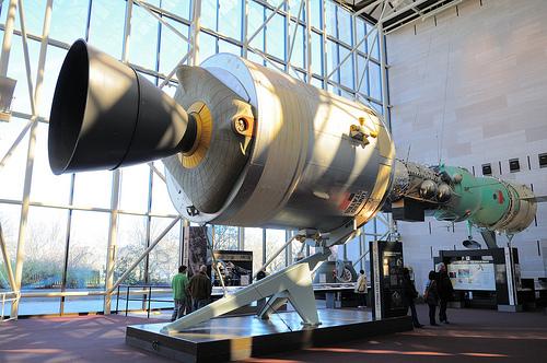 Американцы уверены, что первыми полетели в космос американцы