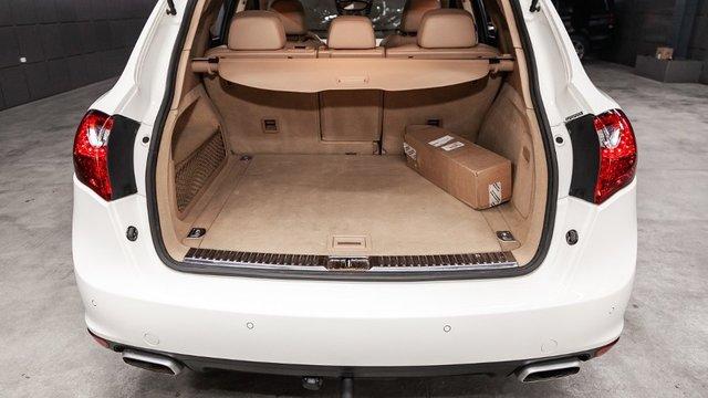 В Москве задержали двух безработных на Porsche с похищенным мужчиной в багажнике