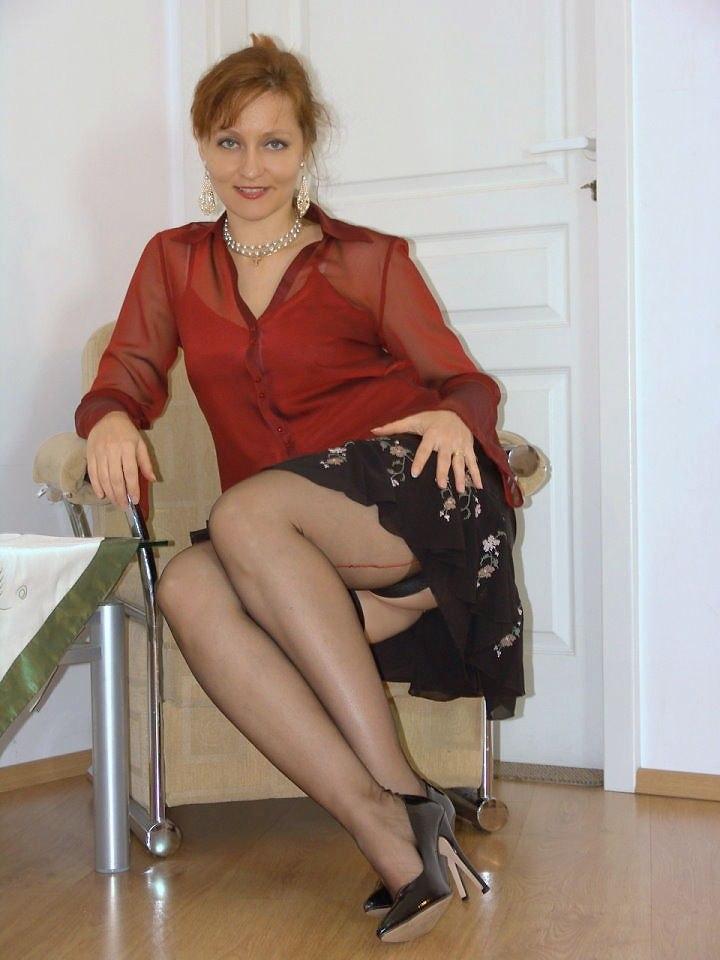 Зрелей женщин в русском секс