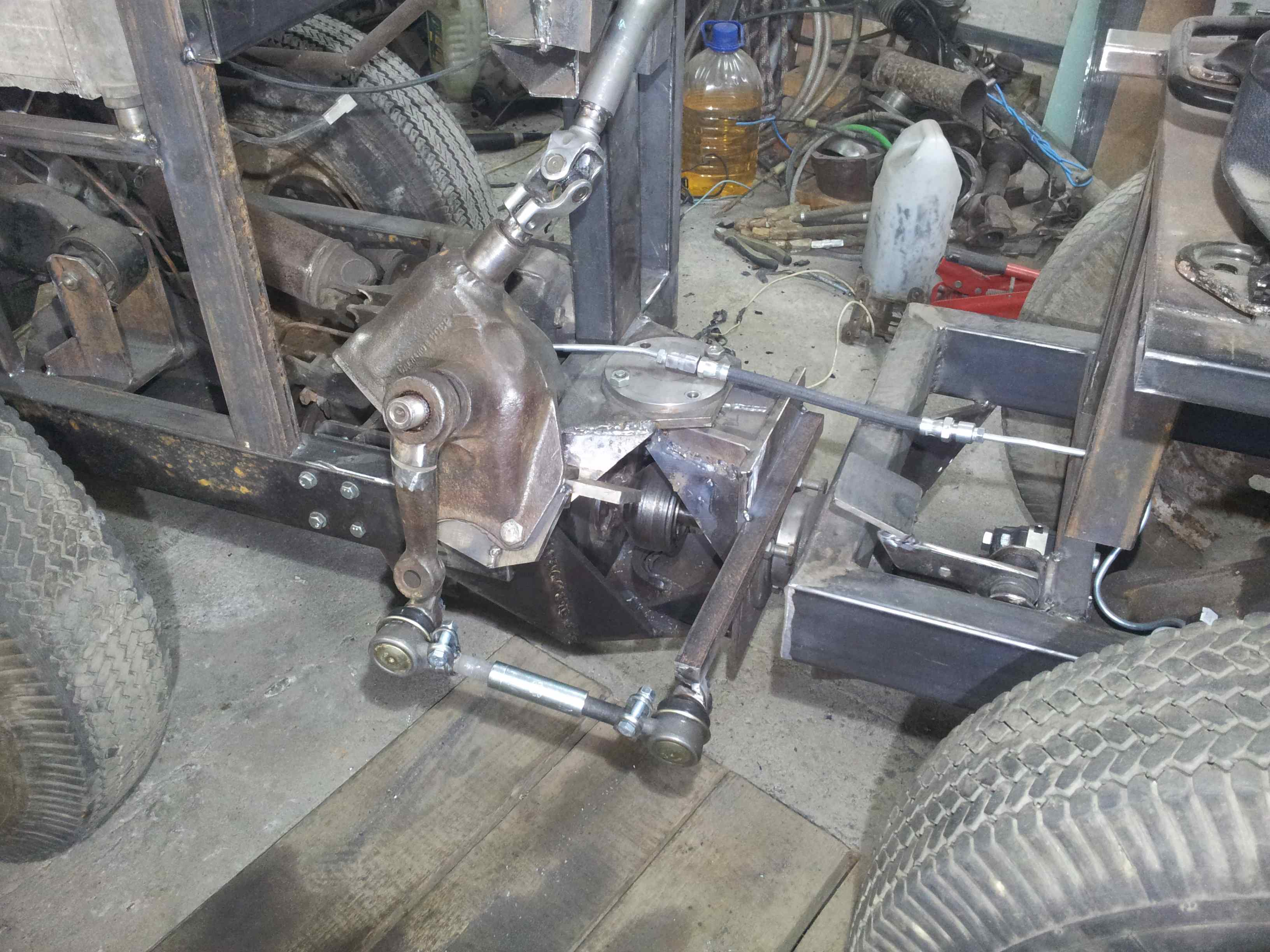 Cамодельные мини-трактора с ломающейся рамой: практические советы по сборке 24