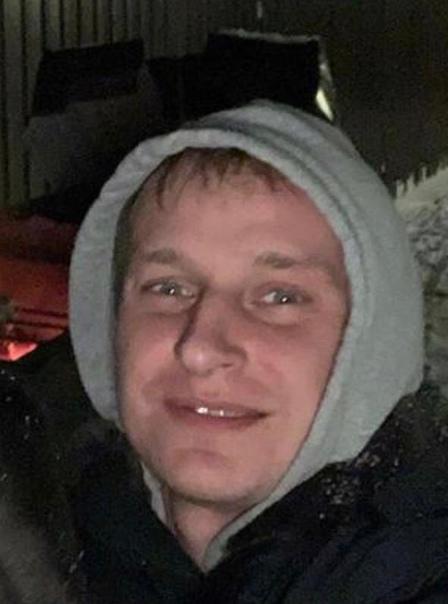 В Татарстане пьяный оперативник МВД расстрелял людей из травмата и скрылся