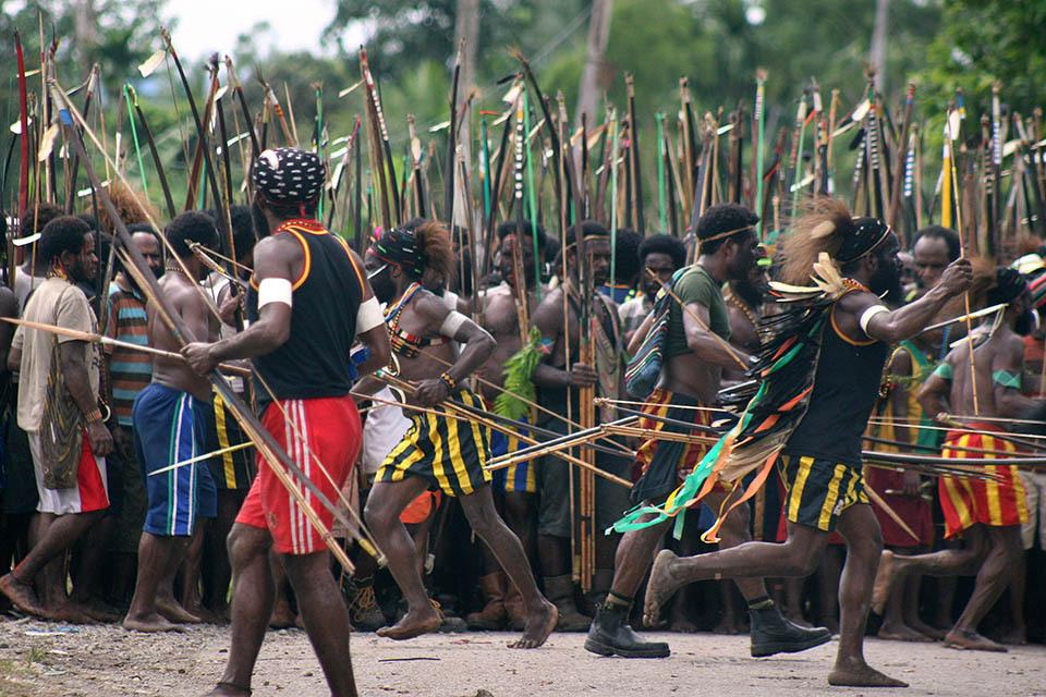 Современная война папуасов