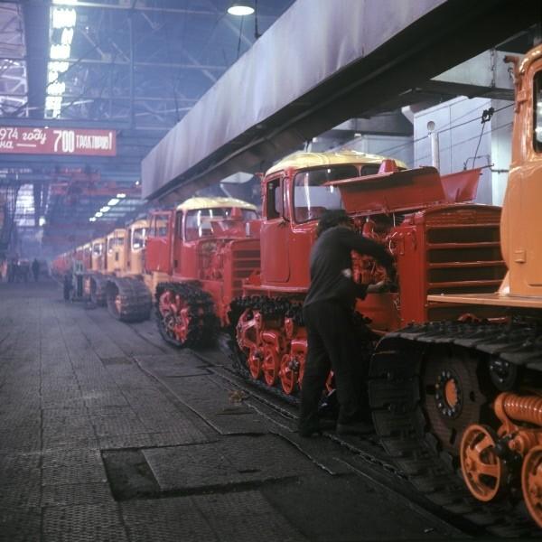 Волгоградский тракторный завод, 1974-й год