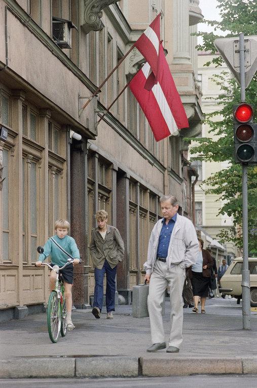 Власти Латвии советуют гражданам в случае войны за