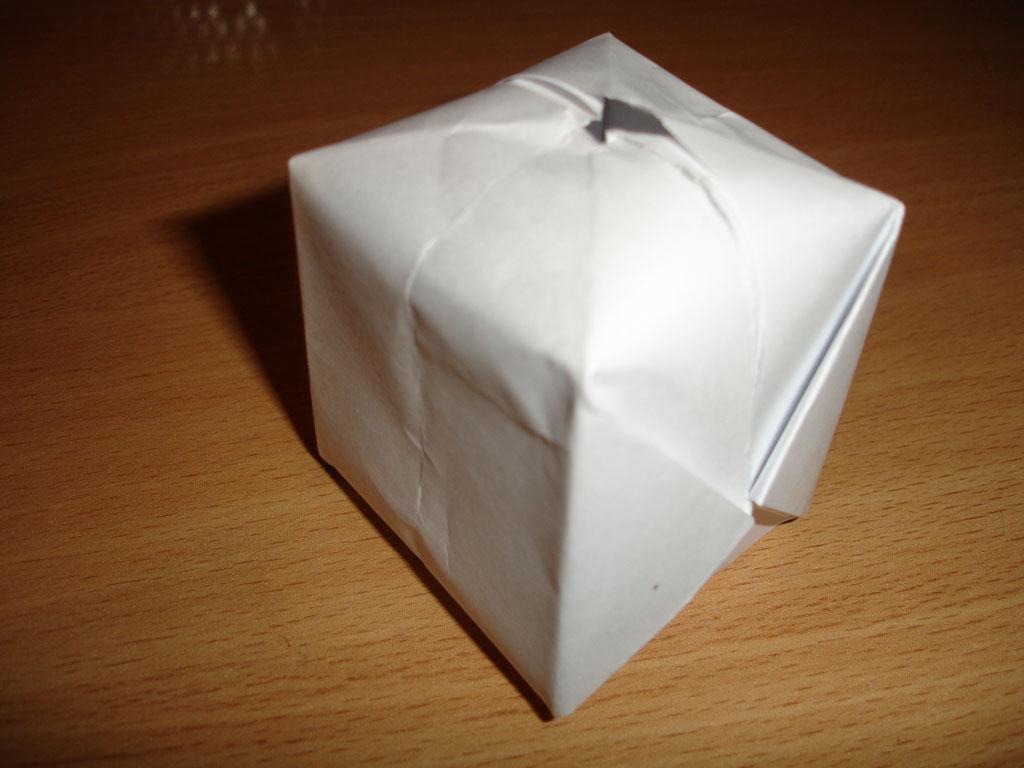 Как сделать надувную бомбочку из бумаги