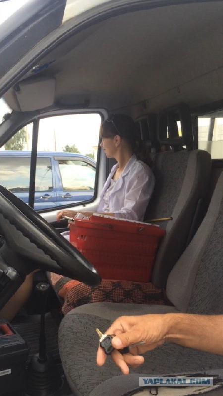 Медсестра из «скорой» не оказала помощь водителю, у которого случился инфаркт за рулем