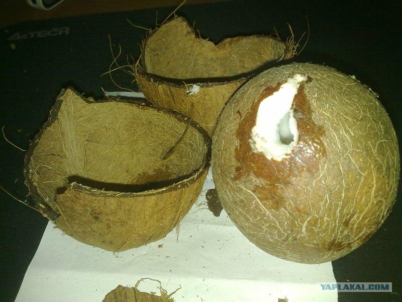 Как очистить кокос видео