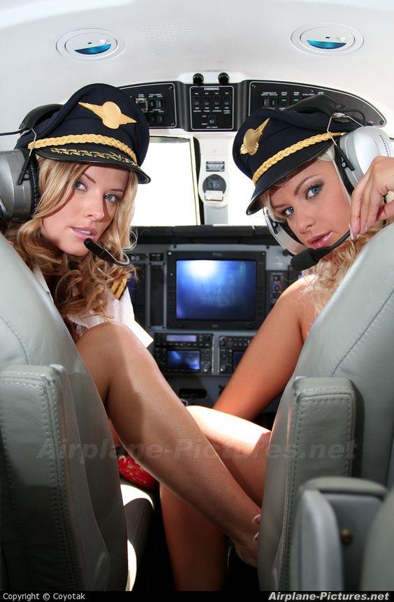 все в самолете голые-ам1
