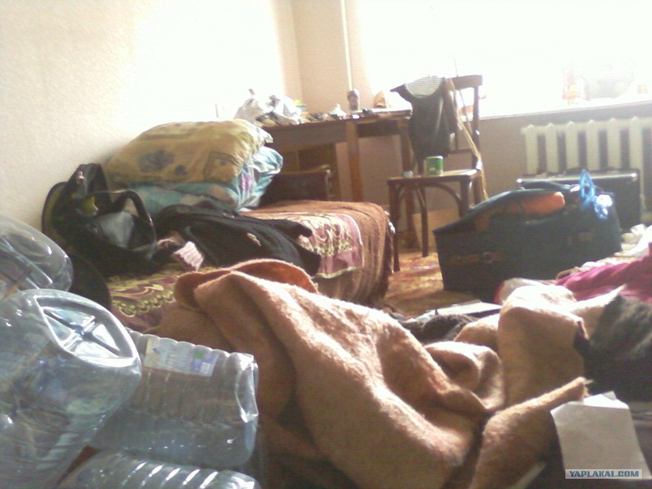 Трахаются на квартиру, Хозяин съемной квартиры снял на скрытую камеру секс 12 фотография