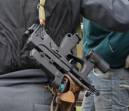 В Хакасии боец нацгвардии выстрелил в ягодицу напавшего на него спортсмена