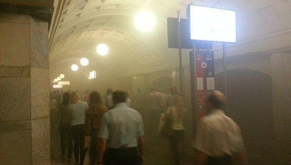 """Пожар в метро на станции """"Охотный ряд"""""""