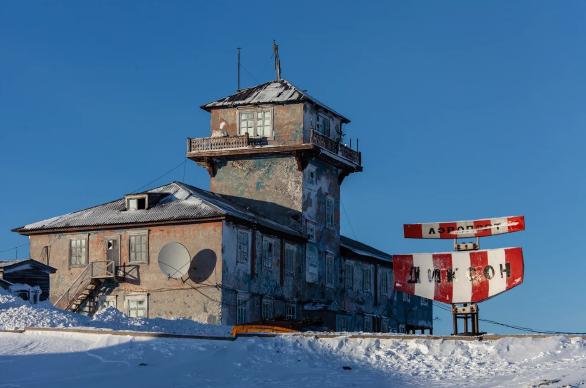 На краю снега: Что можно купить в самом северном поселке России?