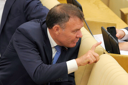 В Госдуме посоветовали россиянам самим заработать на старость