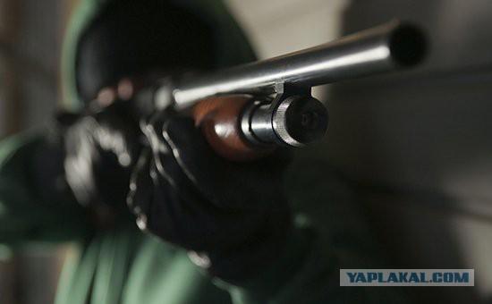 Уволенный сотрудник застрелил 2 бывших начальников