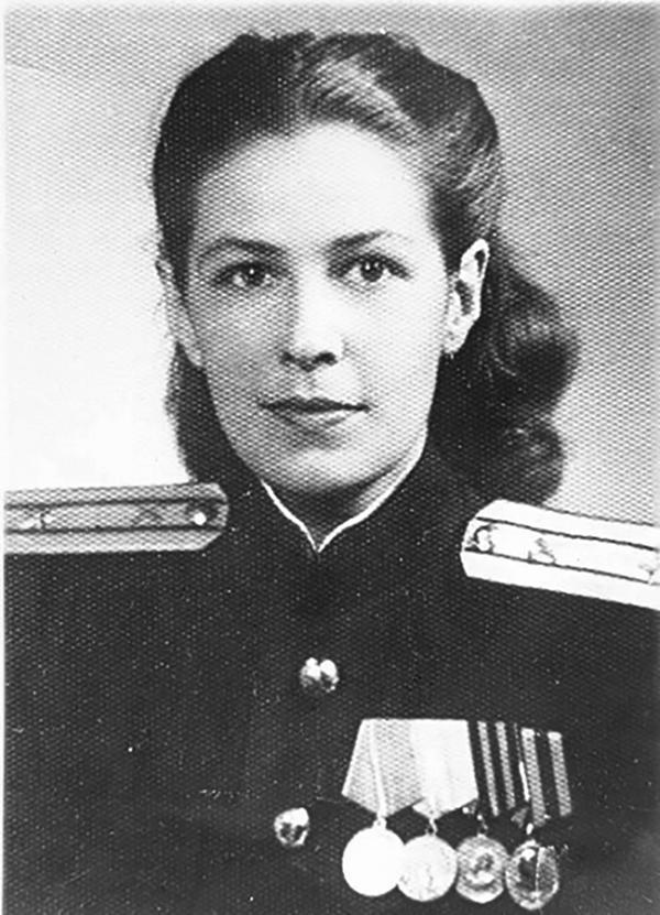 Как сложилась судьба дочери легендарного генерала Карбышева