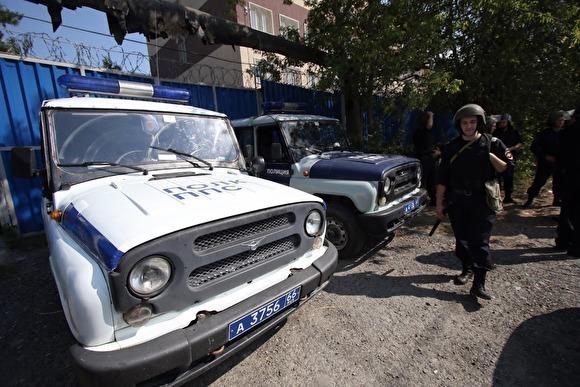 На томского подростка завели уголовное дело за удар по машине, сбившей его щенка