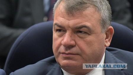 Сердюков заявил о долгах ОАК в 530 млрд рублей