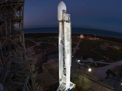Этой ночью (01:00 МСК)  SpaceX повторно запустит первую ступень ракеты-носителя Falcon 9.
