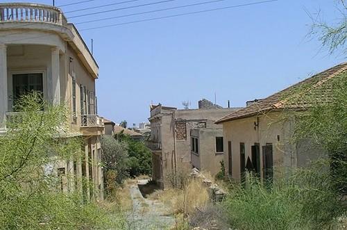 Вароша - город, который умер (12 фото)