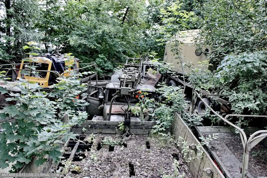 Снайпер 93-й мехбригады Александр Мамалуй показал захваченный у террористов танк Т-64А - Цензор.НЕТ 5153